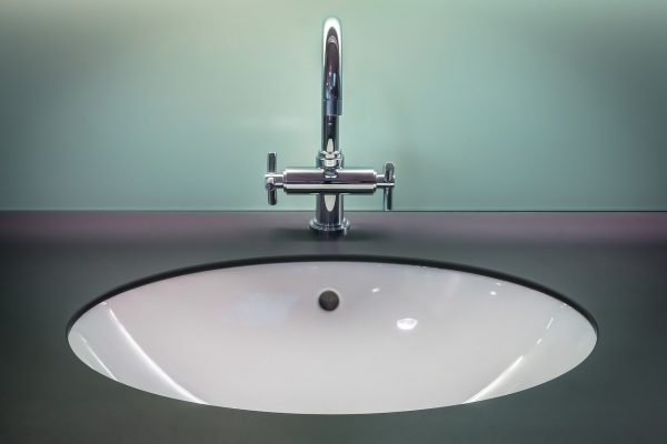 Hoe voorkom je schimmel in de badkamer?